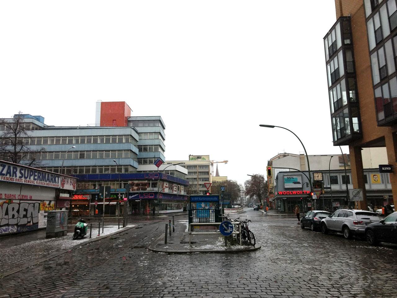 Noch nichts Neues an der Kreuzung Potsdamer/Kurfürstenstraße